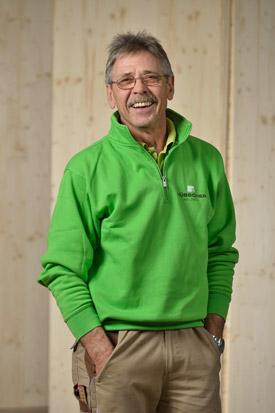 Hübscher Holzbau Mitarbeiter Emil Mathier