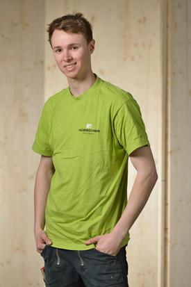 Hübscher Holzbau Mitarbeiter Mattia Vogelsanger