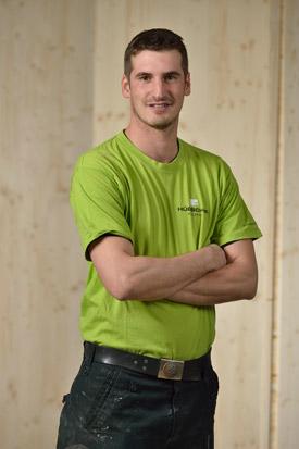 Hübscher Holzbau Mitarbeiter Beni Husistein