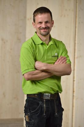 Hübscher Holzbau Mitarbeiter Christian Schöpfer