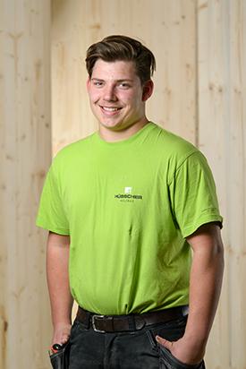 Hübscher Holzbau Mitarbeiter Eric Kalusa